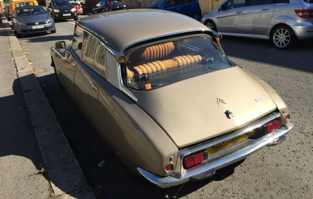 Citroen_DS20_rear